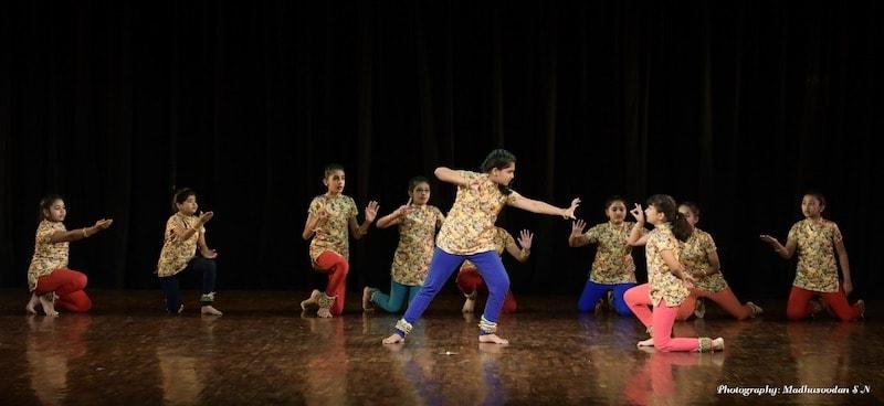 Punyakoti, the moment of attack - the tiger and the cow. From left to right - Tasmai, Aishani, Siya, Ananya, Vindhya, Ananya, Kalyani, Suha and Dhriti. KEA Prabhath Rangamandira Auditorium, Bangalore, February 23, 2019. Image Credit: Madhusoodhan SN.